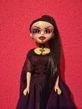 Muñeca gótica Series 2 Abcynthia Chaser  - foto
