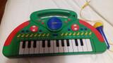 Piano de juguete - foto