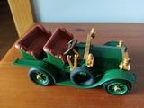 Coche verde victoriano - foto