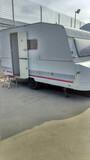 Se vende caravana roller 375 5 plazas - foto