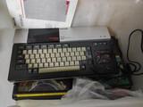 Ordenador msx y 2 cajas llenas de juegos - foto