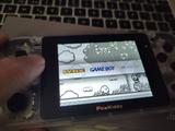 consola retro con juegos - foto