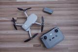 Dji mini 2 dron - foto