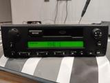 radio cassette Land Rover Freelander 1 - foto