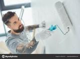 Pintor serio y profesional - foto