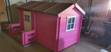 casita de madera para niños - foto