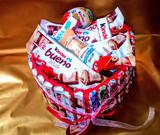 Ramos y tartas de chocolates - foto