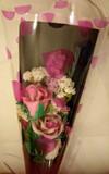 Rosas artesanales con perfume - foto