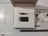 Batería y juegos Xbox one - foto