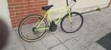 Bicicleta de aluminio de montaña cuadro  - foto