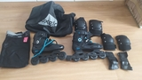 PACK PATINES OXELO, MOCHILA Y PROTECTORES - foto