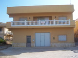 Alquilo y Venta Casa Chalet - foto
