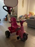 Triciclo infantil rosa  - foto