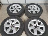 Llantas AUDI 17 pulgadas con neumáticos - foto