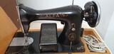 Maquina de Coser Alfa antigua - foto