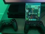 PS4 1TB + 2 Mandos + 6 Juegos - foto