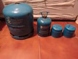 botella de gas y cartuchod - foto