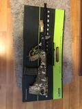 Fusil airsoft de batería AUG camuflaje - foto