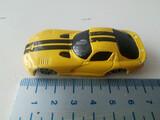 MAISTO DODGE VIPPER GT2 1998 AMARILLO  - foto