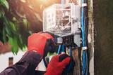 Electricista Autorizado en sevilla. - foto