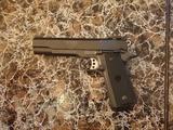 Pistola de aire comprimido - foto