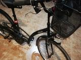 Bicicleta de ciudad. - foto