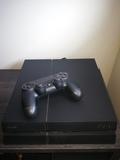 PlayStation 4 y Juegos - foto