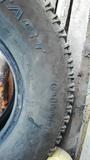 Neumáticos 235/85/16 - foto