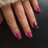 Servicio a domicilio de uñas acrílicas. - foto