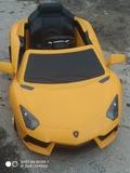 coche de Lamborghini de batería - foto