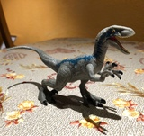 Velociraptor Blue Jurassic World - foto