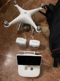 Dron DJI phantom 4 - foto