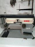 Máquina de coser - foto