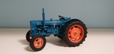 Universal Hobbies R:2636 = Fordson Power - foto