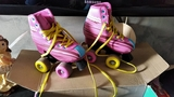 se vende patines para niña - foto