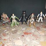 5 figuras de Piratas del Caribe - foto