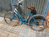 Bicicletas antiguas  - foto