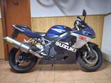 SUZUKI - GSX R750 - foto