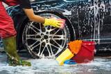 Limpieza de interior y exterior de coche - foto
