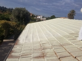 tejados en mal estado con goteras - foto