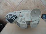 nave star wars halcón milenario de 2001  - foto