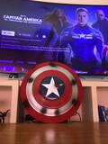 Escudo Capitán America Escala 1:1 metál - foto
