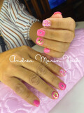 Oferta uñas acrílicas y semipermanentes - foto