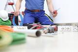 Electricista asistencia 24 Horas  - foto