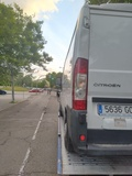 Grua porta coche en Madrid alrededor - foto