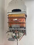 Calentadores , bajantes , electricidad  - foto