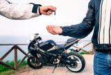 COMPRO MOTO Y SCOOTERS FINANCIADOS !!!!! - foto