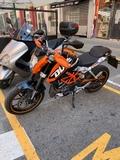 KTM - DUKE 125 - foto