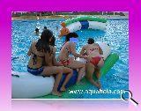 Bolas acuaticas,rodillos,piscinas - foto