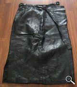 Falda larga de cuero - foto
